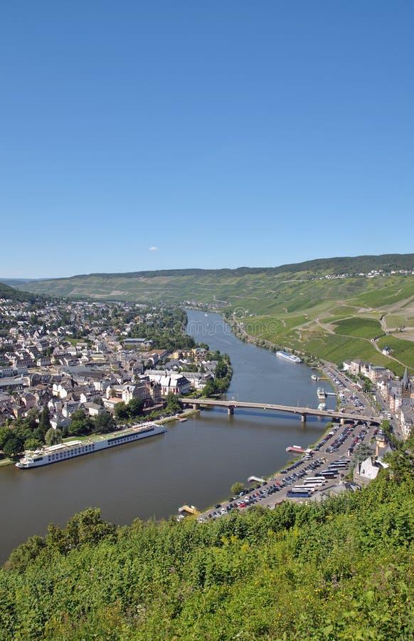 Download Bernkastel-Kues Mosel Flod, Germany Fotografering för Bildbyråer - Bild av sight, turist: 27280517