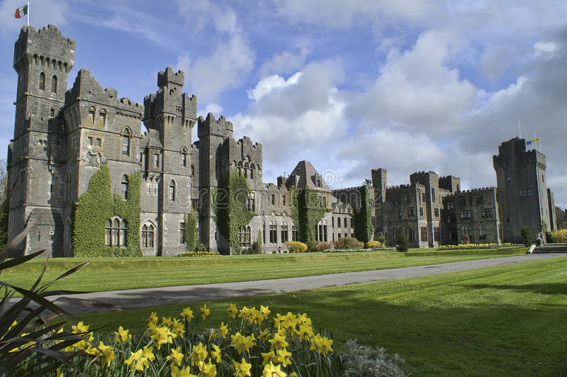 Beroemd Ashford Kasteel, Provincie Mayo, Ierland. stock fotografie