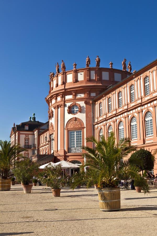 Beroemd Biebrich-Paleis, Schloss Biebrich, in Wiesbaden stock foto's