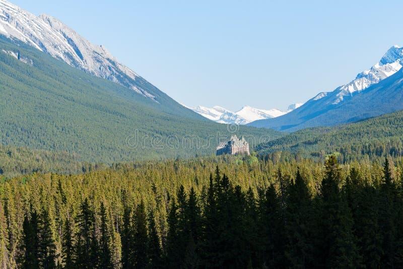 Beroemd de Lenteshotel van Fairmont Banff - het Nationale Park van Banff, Alberta, Canada royalty-vrije stock fotografie