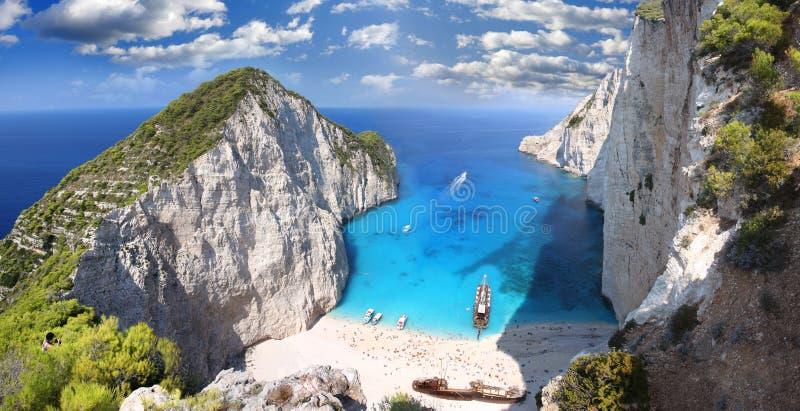 Beroemd Navagio Strand, Zakynthos, Griekenland stock foto