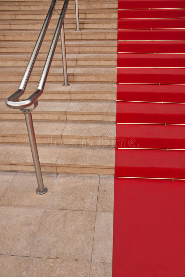 Beroemd rood tapijt in Cannes stock foto