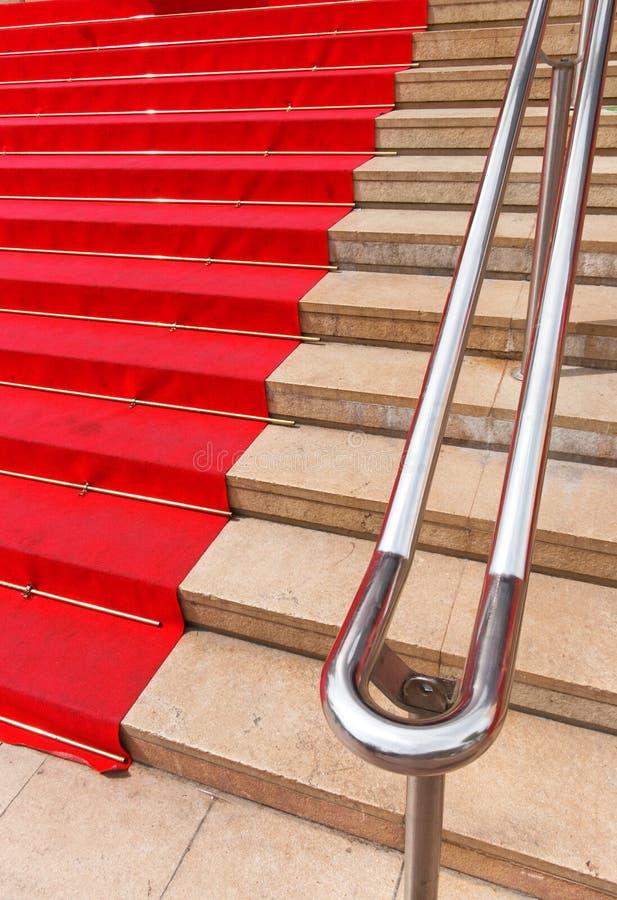 Beroemd rood tapijt in Cannes Frankrijk stock foto's