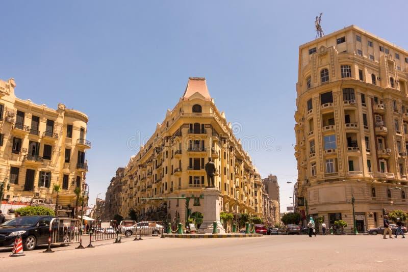 Beroemd Talaat Harb Square in Egypte van de binnenstad royalty-vrije stock afbeelding