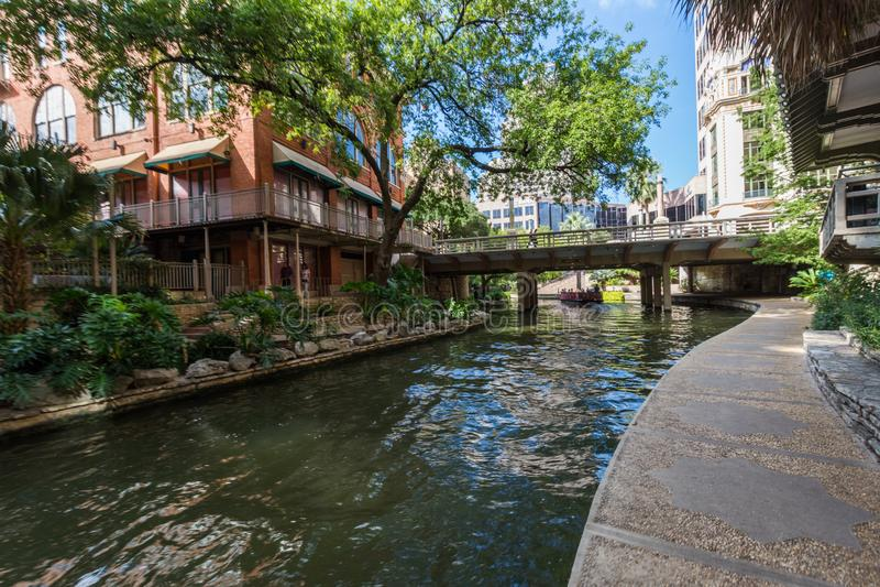 Beroemd Toneelsan Antonio River Walk in Texas stock foto's