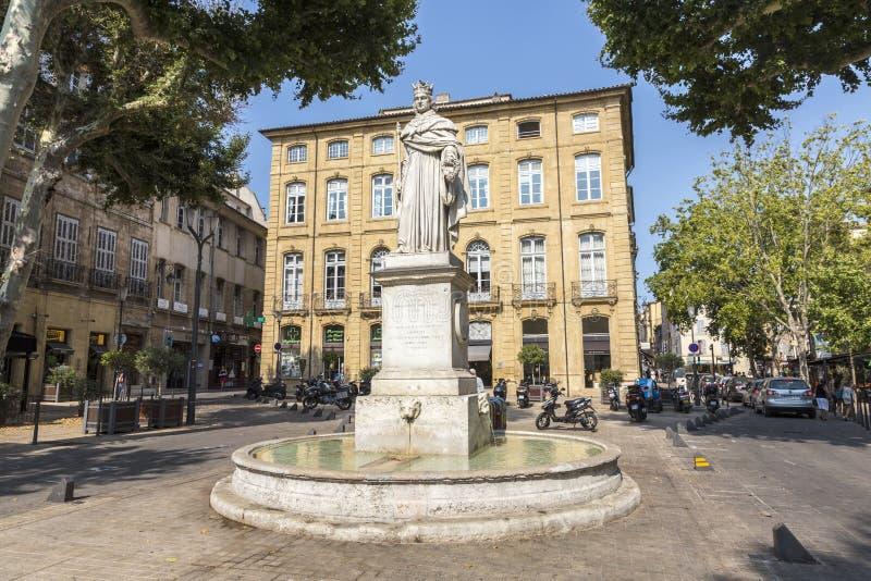 Beroemde fontein du Roi Rene in Aix en Provence stock foto