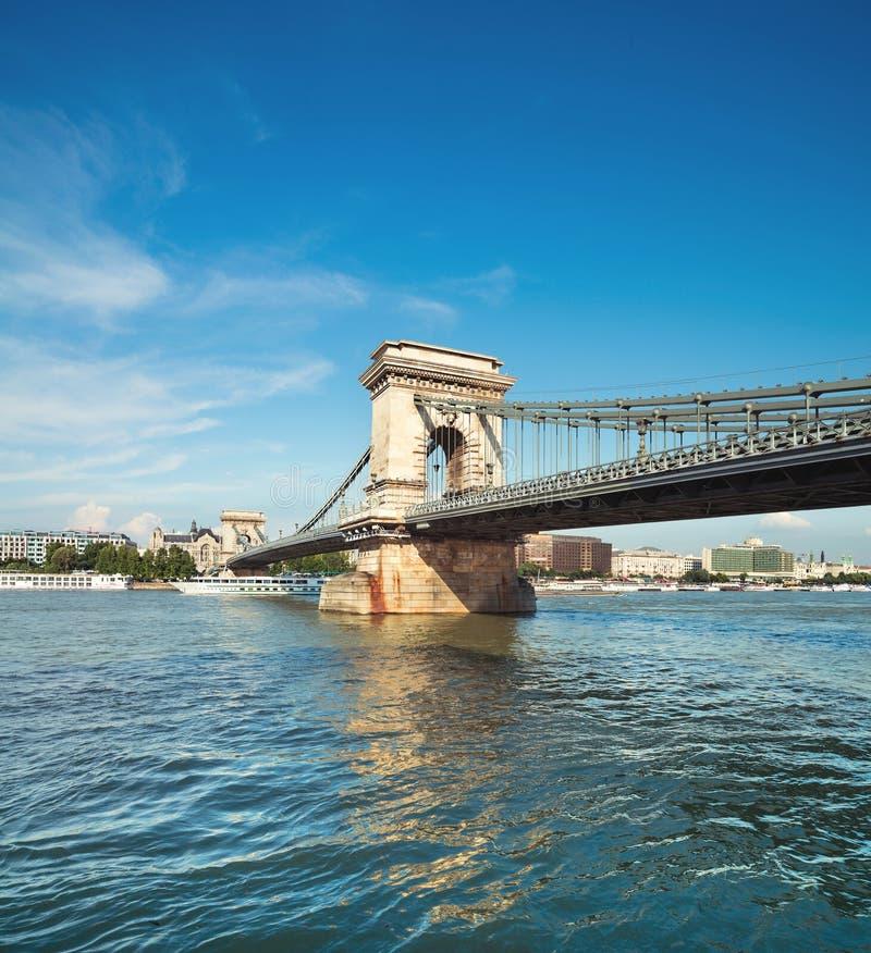 Beroemde Kettingsbrug in Boedapest, Hongarije royalty-vrije stock afbeelding