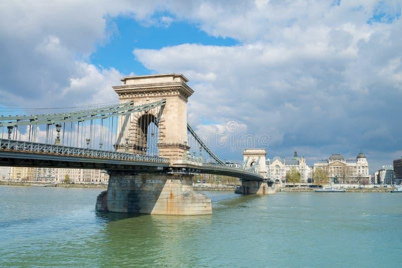 Beroemde Kettingsbrug in Boedapest, Hongarije royalty-vrije stock fotografie