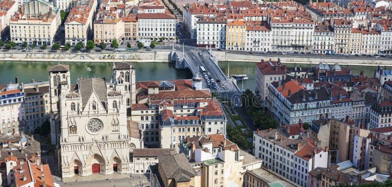 Beroemde mening van Lyon met kathedraal royalty-vrije stock foto
