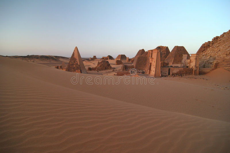 Beroemde piramides Meroe stock foto