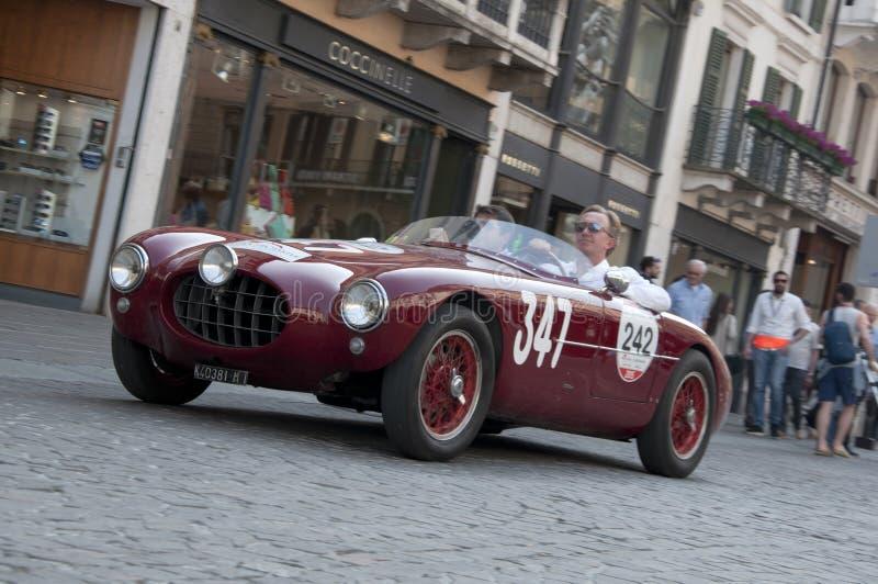 Beroemde ras retro auto's Mille Miglia stock foto
