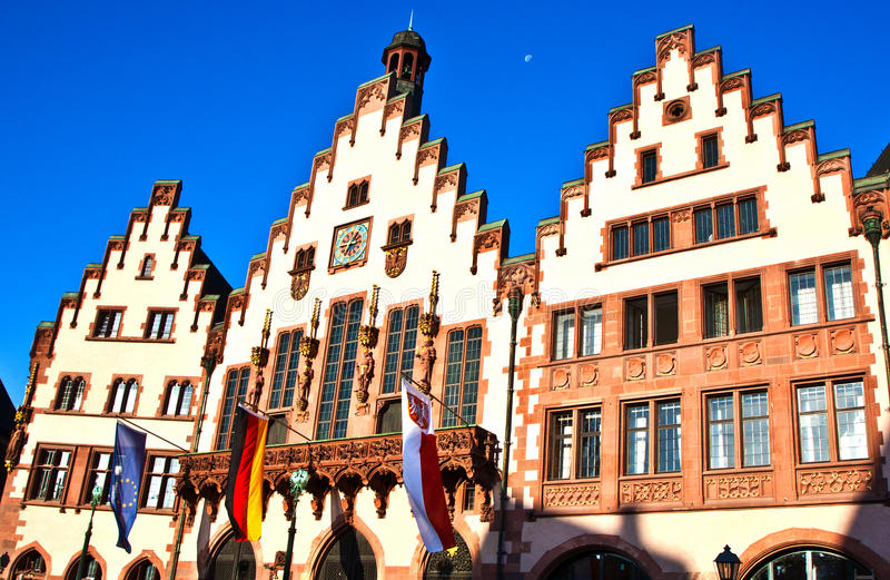 Beroemde Roemerberg in Frankfur royalty-vrije stock foto's