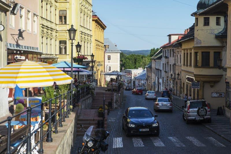 Beroemde straat in Banska Stiavnica, Slowakije stock afbeeldingen