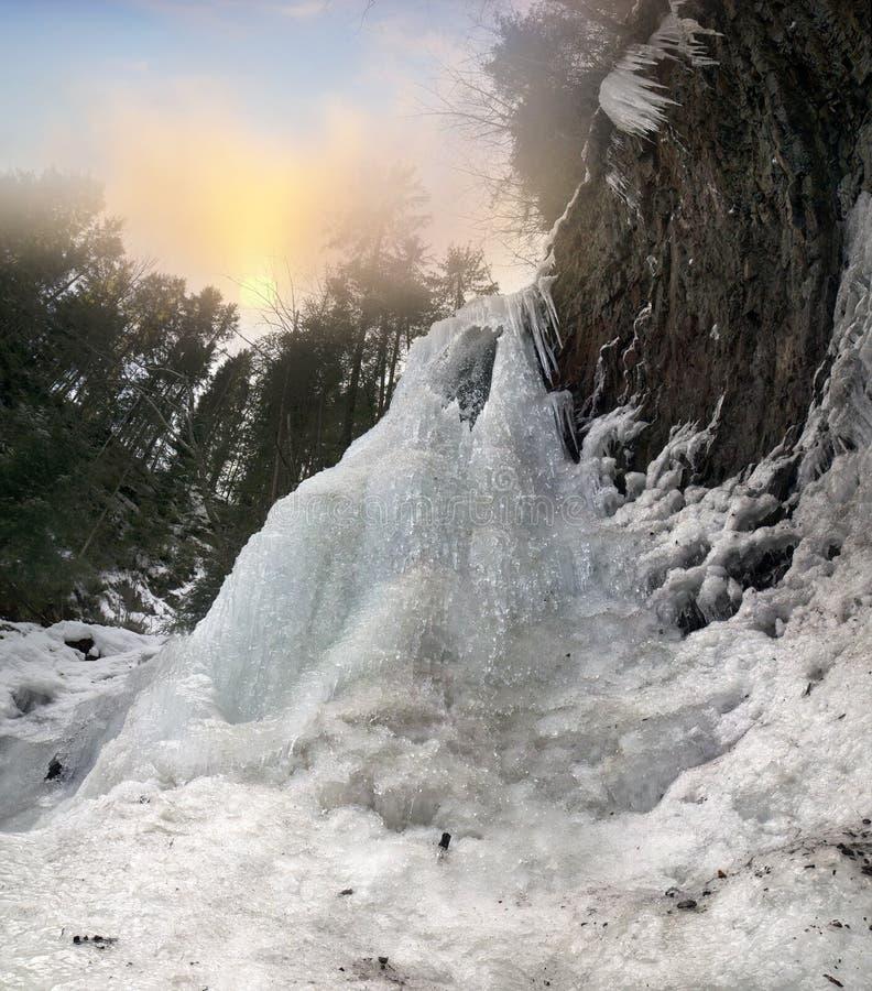 Beroemde waterval Guk stock afbeelding