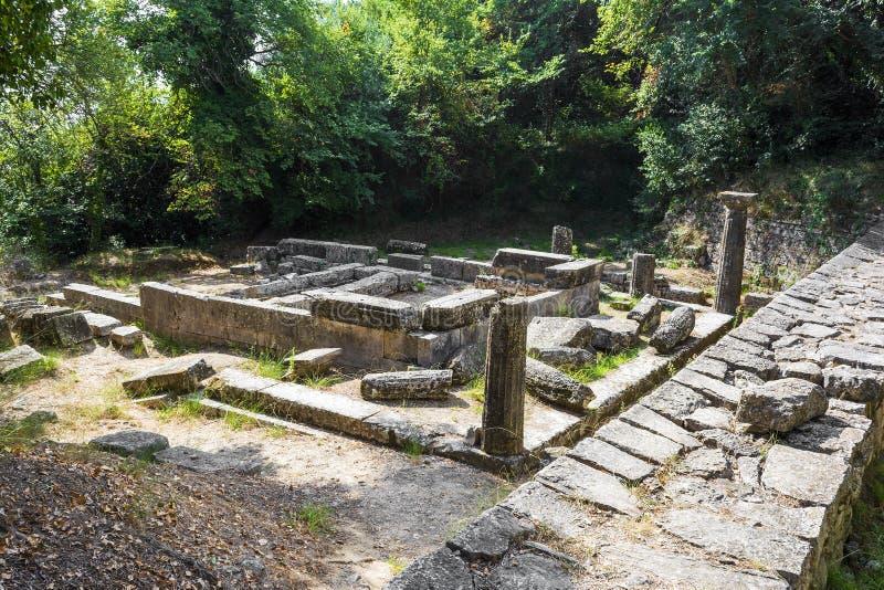 ?berreste eines dorischen Tempels am Montag-Repospark, Korfu-Stadt, Griechenland lizenzfreies stockbild