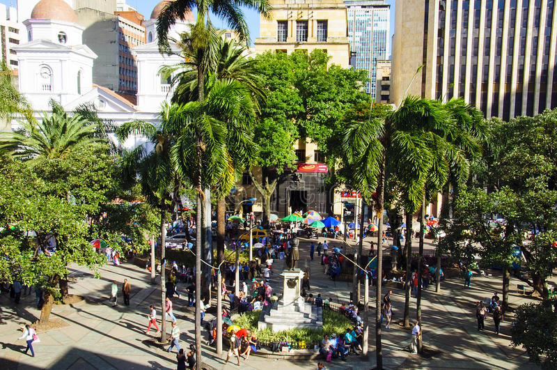 Berrio squarein麦德林,哥伦比亚的看法 免版税图库摄影