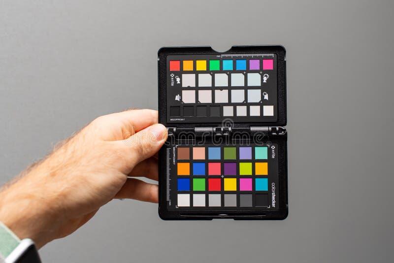 Berufsfarbpaß durch X-Ritus-Farbbezugsziele lizenzfreie stockbilder