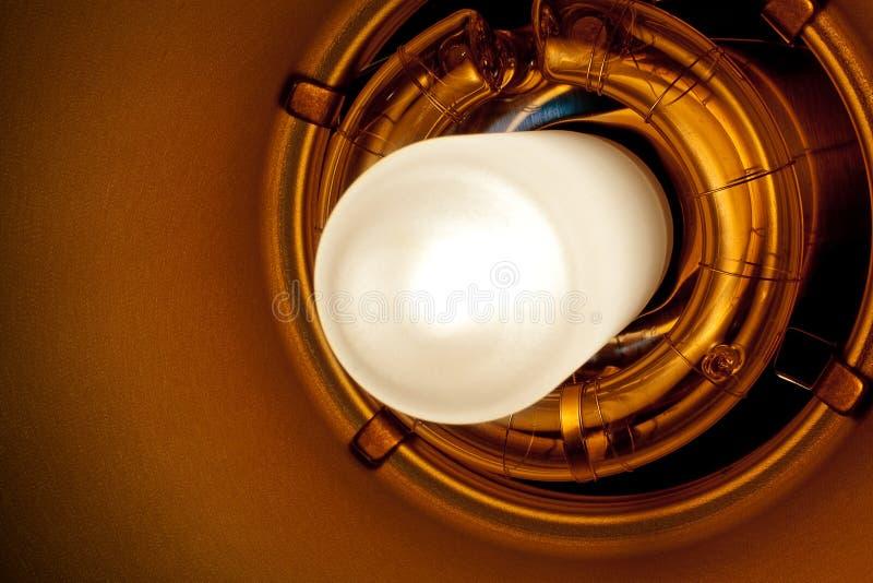 Berufsstudio-Glühlampe und Blitz-Detail lizenzfreie stockfotos