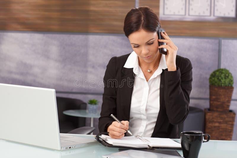 Berufstätige Frau stockbilder