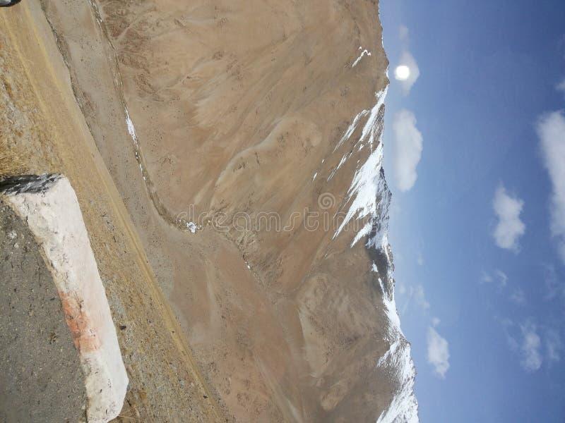Beruhigender Effekt der schönen Landschaft - natürlich erstaunliches Gelände stockfoto