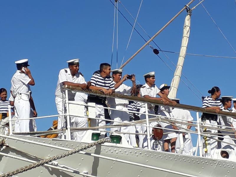 Besättning på däck royaltyfria foton