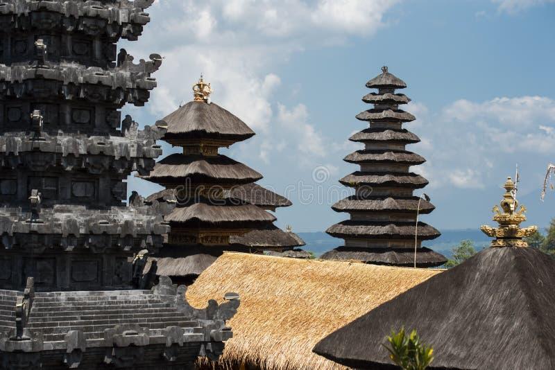 Besakih复杂Pura Penataran阿贡,巴厘岛,印度尼西亚印度寺庙  免版税库存图片