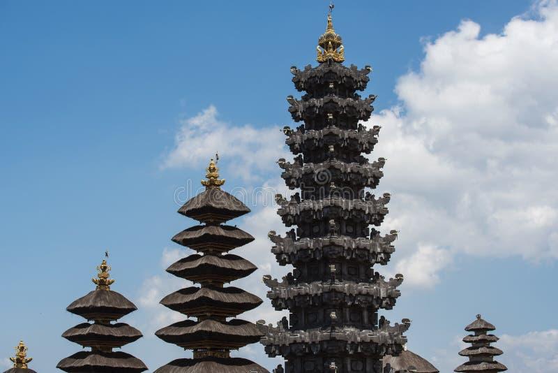 Besakih复杂Pura Penataran阿贡,巴厘岛,印度尼西亚印度寺庙  库存图片