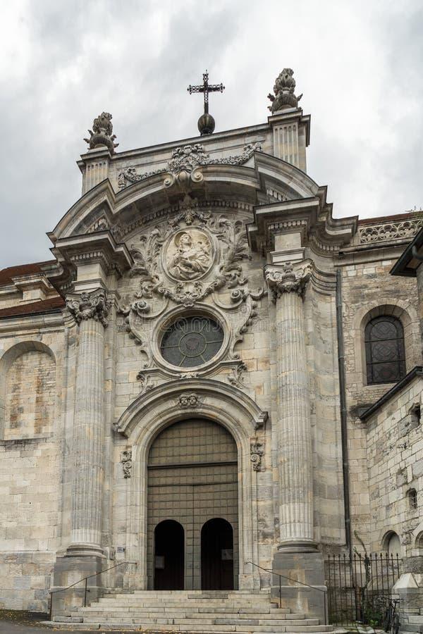 BESANCONS, FRANCE/EUROPE - WRZESIEŃ 13: Katedra St Jean wewnątrz obraz stock