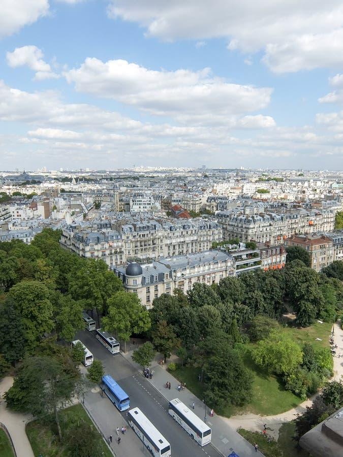 Beschäftigte Paris-Ecken-Landschaft lizenzfreie stockbilder