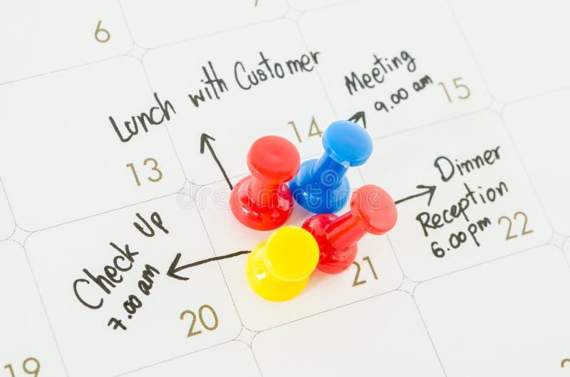 Beschäftigter Tagesüberarbeiteter Zeitplan lizenzfreies stockfoto