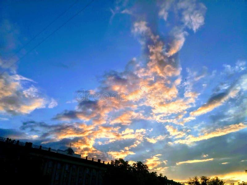 Beschaffenheit der Himmel stockbild
