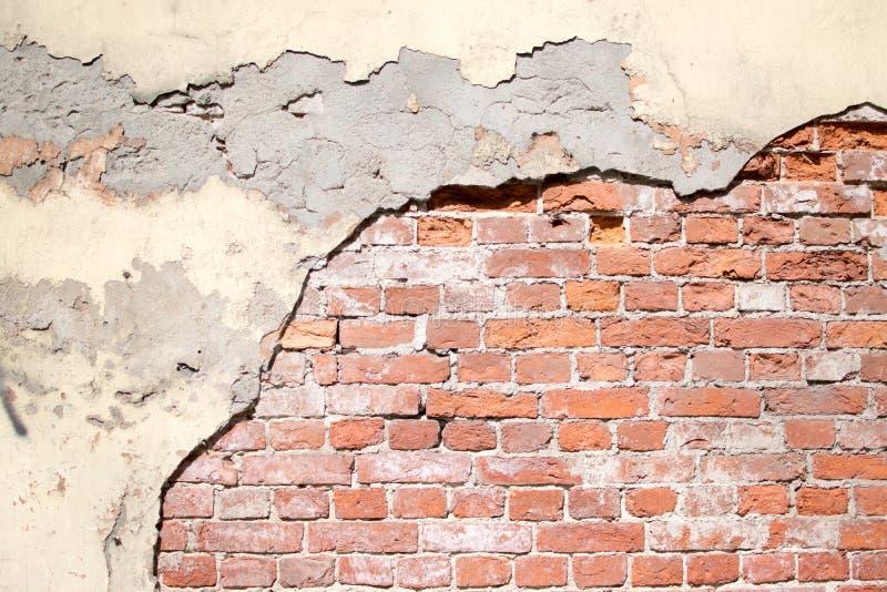 Beschaffenheit einer alten Wand von einem roten Backstein lizenzfreies stockbild