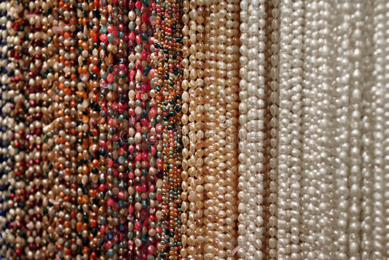 Beschaffenheit von bunten Perlenperlen stockfotografie