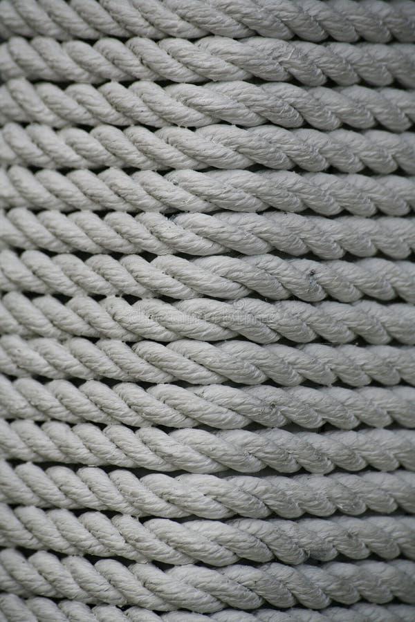 Beschaffenheit - weißer Schiffstau von den Naturfasern stockfoto