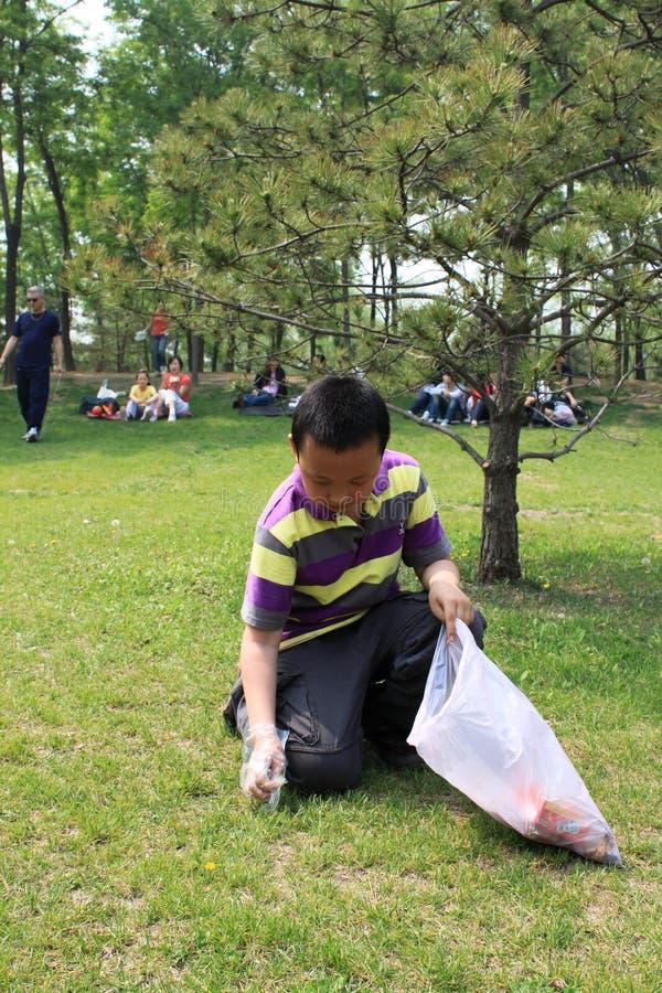 Bescherm het milieu tegen verontreiniging stock foto