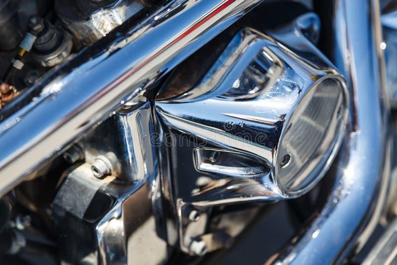 Beschichtungsmotorradmaschinen-Nahaufnahmereflexion Chromes glänzende stockbilder