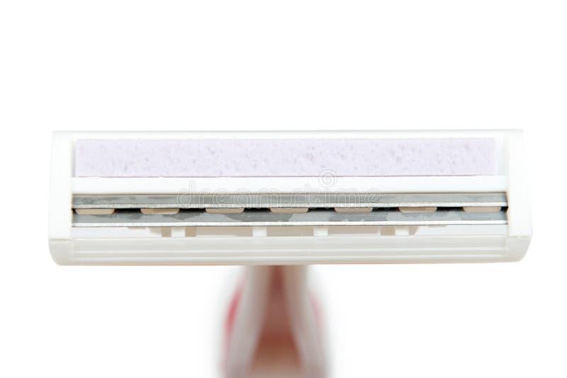Beschikbaar het scheren scheermesje Geïsoleerdj op witte achtergrond Persoonlijke hygiëne bijkomende, scherpe bladen stock foto's