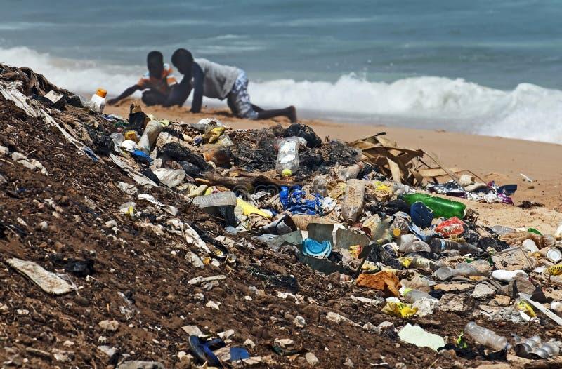 Beschmutzter Strand lizenzfreie stockbilder