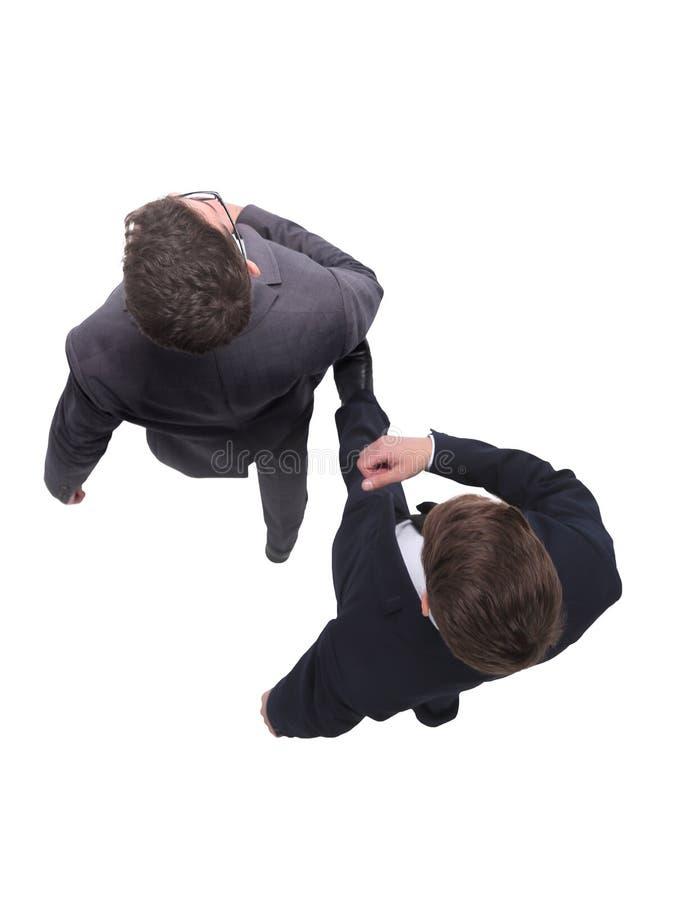 Beschneidungspfad eingeschlossen zwei Geschäftsleute, die vorwärts treten stockbild