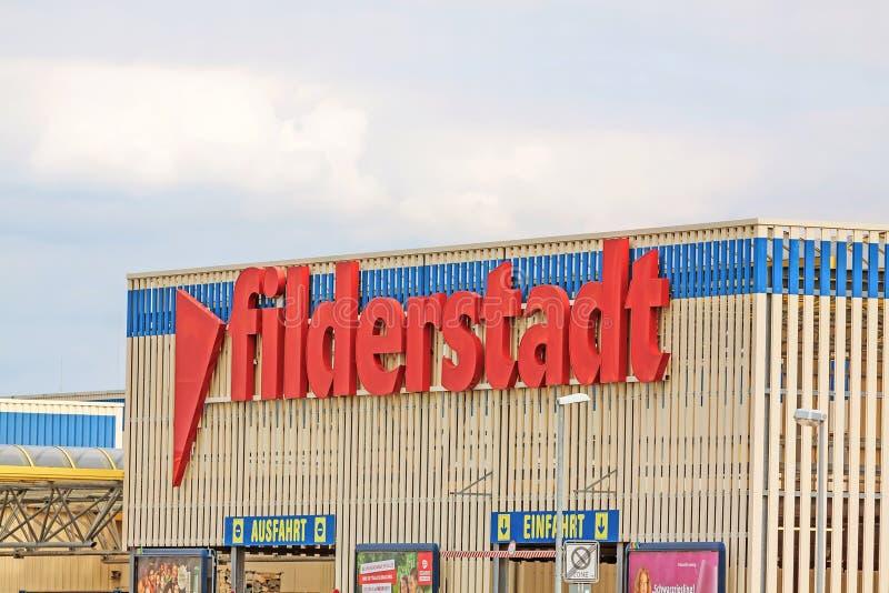 Beschriften, Filderstadt, Dorf zeigend nahe Flughafen Stuttgart, Deutschland stockfotografie