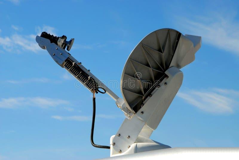 besegra satelliten arkivbild