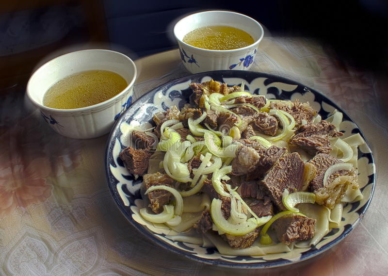 Beshbarmak del piatto della carne immagine stock