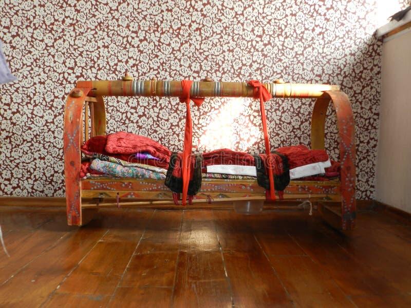 Beshik Nomands Kirgistan kołysankowy tradycyjny cadle obrazy stock