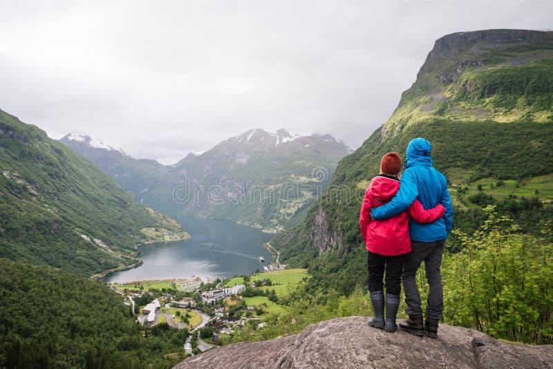 Besichtigung von Geiranger, Norwegen lizenzfreies stockfoto