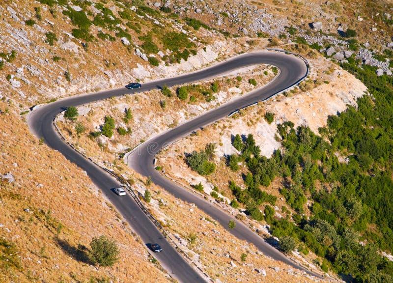 Download Beskåda av en berglacetväg fotografering för bildbyråer. Bild av medel - 27284537