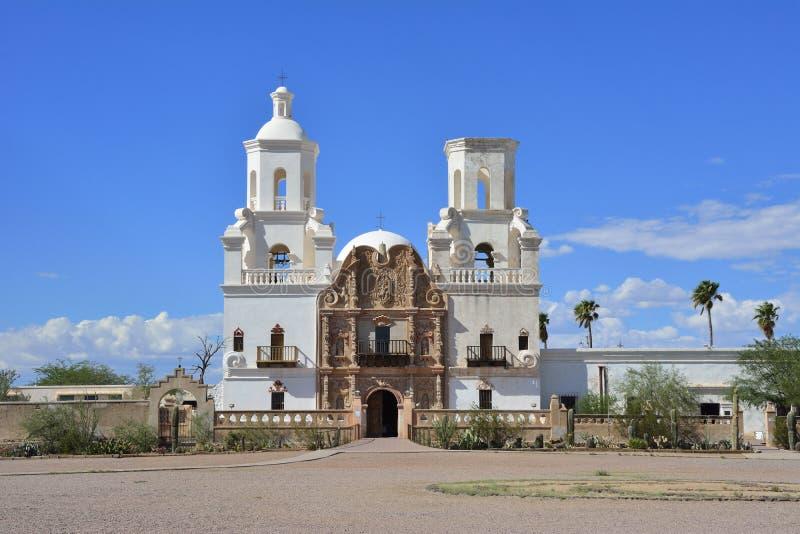 Beskickning San Xavier del Bac royaltyfria bilder
