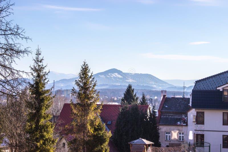 Beskydy山看法从Frydek Mistek的 免版税库存图片