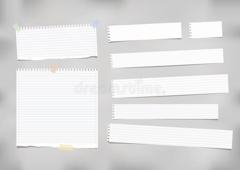 Beslist wit, gestreepte nota, voorbeeldenboek, notitieboekjedocument dat met plakband op grijze achtergrond wordt geplakt stock illustratie