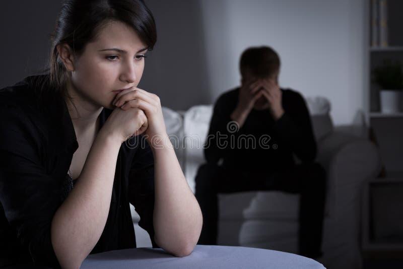 Beslut om skilsmässa arkivbilder