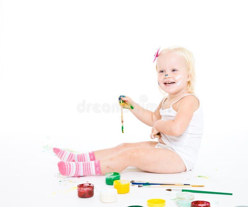 Besmeurd meisje met heldere kleuren stock afbeelding